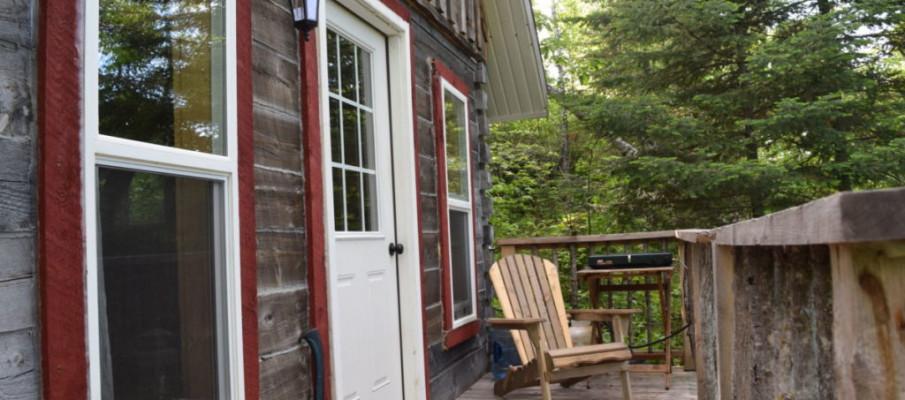 cabin exterior porch